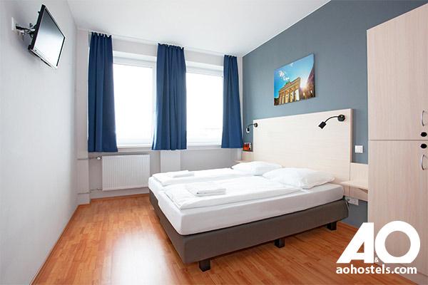 a o hostels 10 rabatt isic. Black Bedroom Furniture Sets. Home Design Ideas