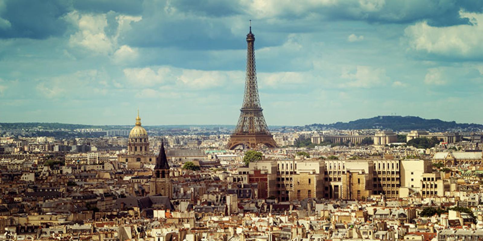 studentenreisen nach paris sightseeing kultur shopping mit isic. Black Bedroom Furniture Sets. Home Design Ideas